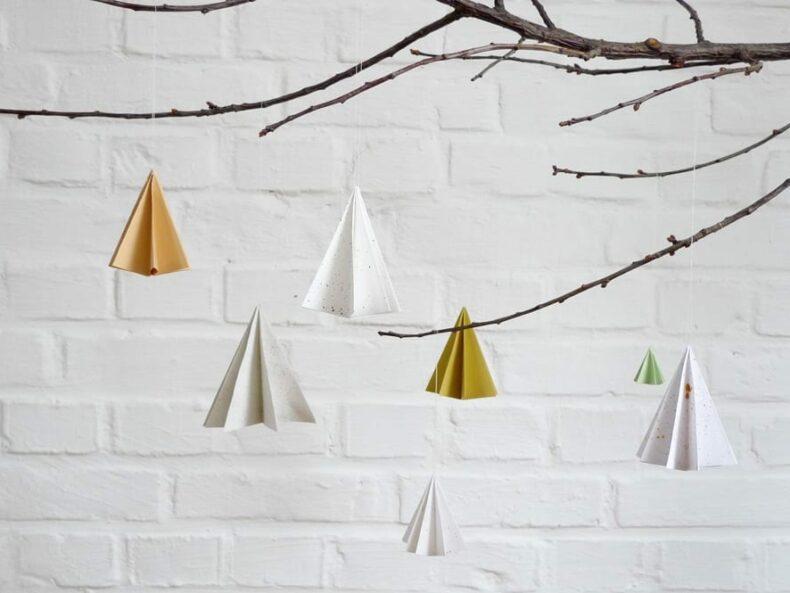 Falttannen – Weihnachtsbaum Anhänger DIY aus Papier