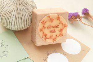 Save-the-date-Hochzeitsstempel | STUDIO KARAMELO | Save the date stamp wedding