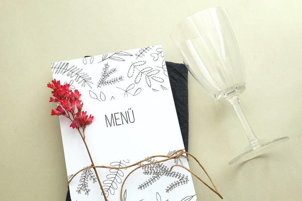 Green Wedding |Menuekarte floral | Hochzeitspapeterie | STUDIO KARAMELO | Blaetter und Zweige | Menü