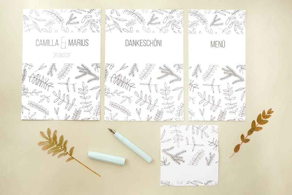 Florale Hochzeitspapeterie | Green Wedding | STUDIO KARAMELO | Blaetter und Zweige | Einladung, Save the date, Dankeskarte, Tischkärtchen