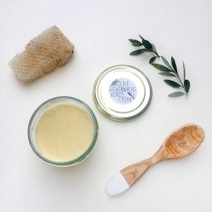 Olivenöl-Bienenwachs-Kokos Creme STUDIO KARAMELO
