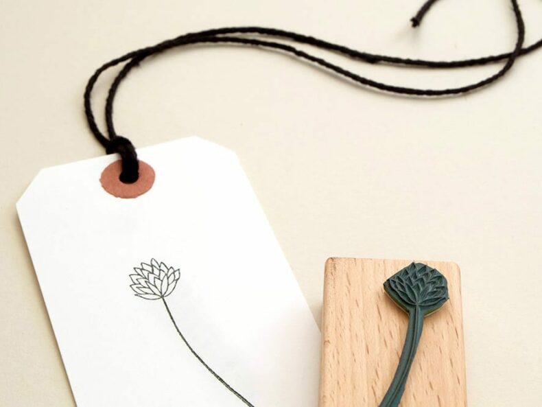 Stempel Blüte, Blumenstempell | STUDIO KARAMELO | blossom stamp