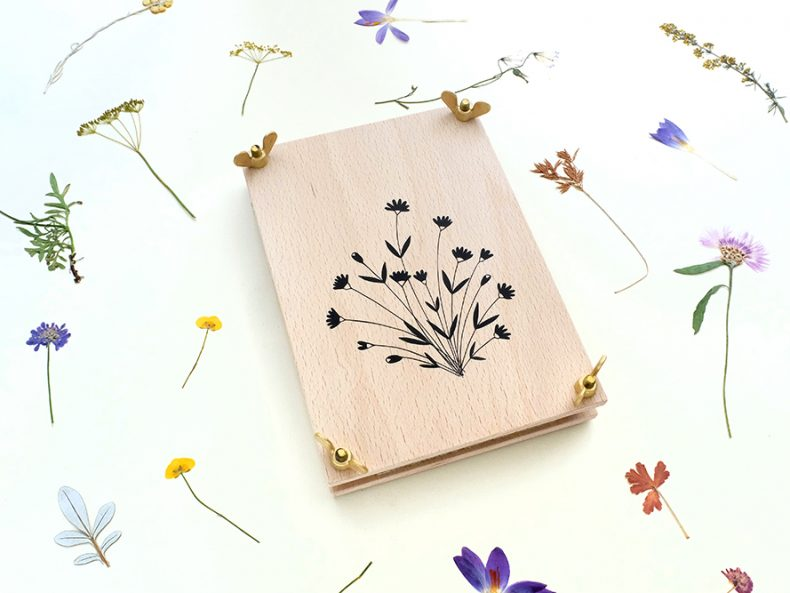 Blumenpresse | STUDIO KARAMELO | wooden flower press