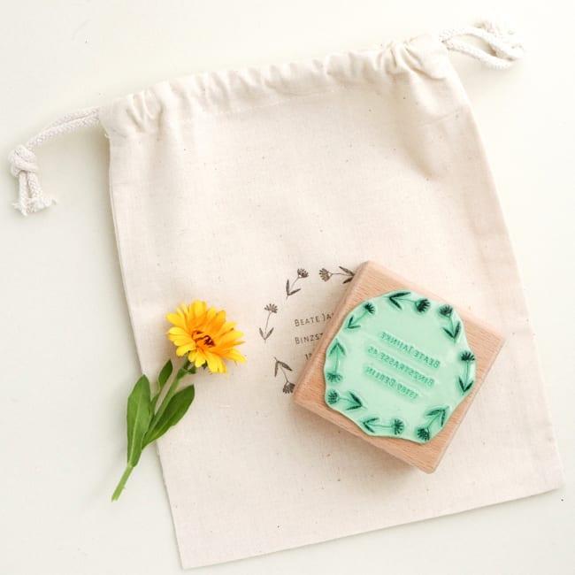 Adressstempel Blumen floral, personalisierter Stempel | STUDIO KARAMELO