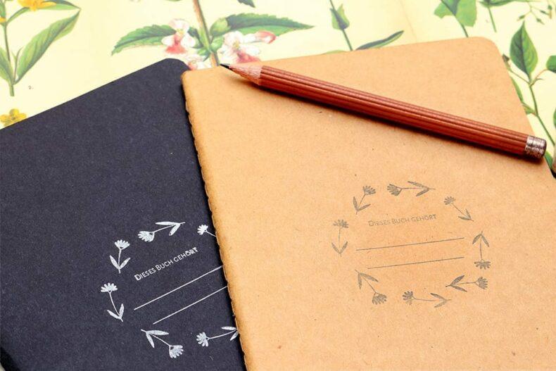 Ex-Libris-Stempel mit Blumen | STUDIO KARAMELO