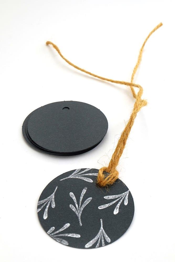 Geschenkanhaenger Gift Tags schwarz anthrazit Recyclingpapier