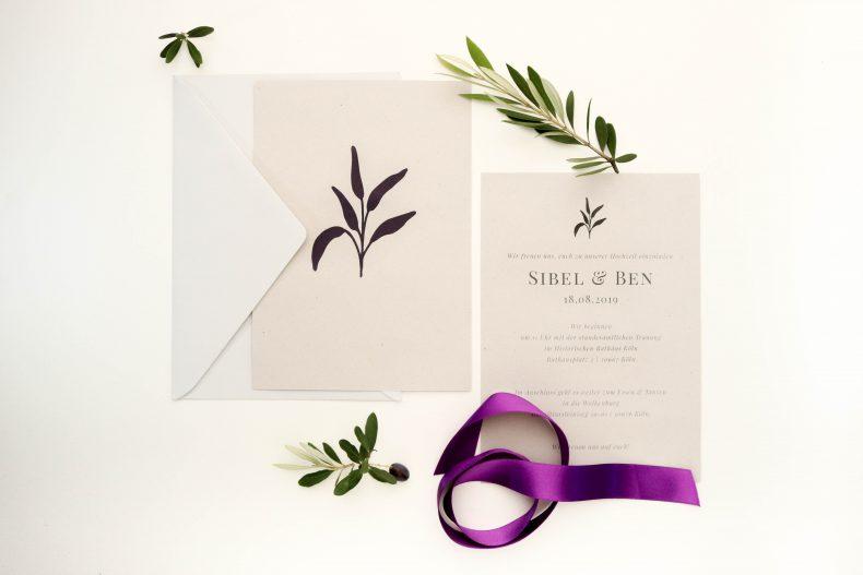 Schlicht und elegante Hochzeitseinladung Eukalyptus | STUDIO KARAMELO