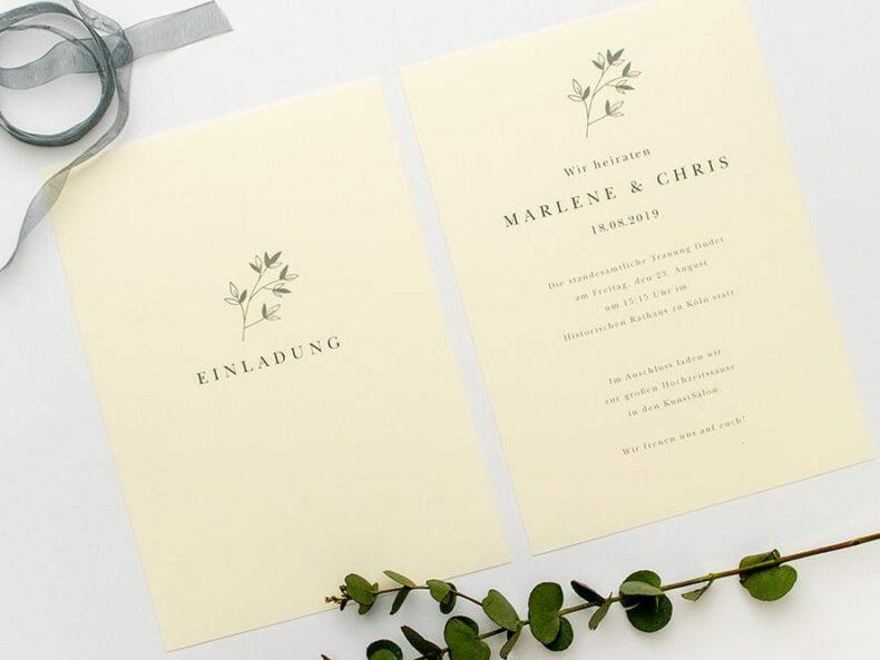 Elegante, florale Tischkärtchen mit einem Muster aus Jasminzweigen.