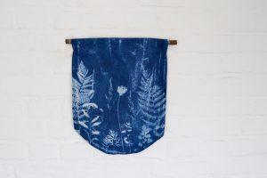 Sunprint Wallhanging Blaudruck DIY gepresste Pflanzen | STUDIO KARAMELO