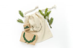 Stempel Frohe Weihnachten, Kranz, floraler Stempel | STUDIO KARAMELO