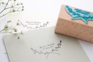 Personalisierter Hochzeitsstempel mit Namen, Datum + Zweig | STUDIO KARAMELO