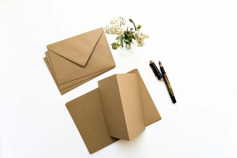 Kartenset Recycling Kraftpapier Umschläge + Klappkarten