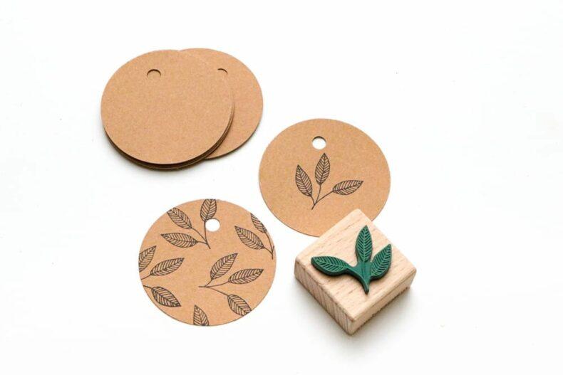 Geschenkanhänger Kraftpapier rund, Hang Tags aus Recyclingpapier