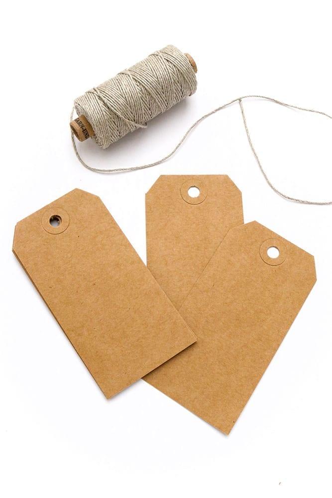 Lange Geschenkanhänger aus Recycling Kraftpapier STUDIO KARAMELO