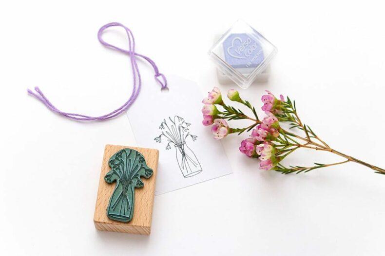 Stempel Schneeglöckchen in der Vase - botanische Stempel von STUDIO KARAMELO