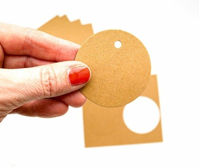 Geschenkanhänger Kraftpapier, Recyclingpapier, rund, STUDIO KARAMELO
