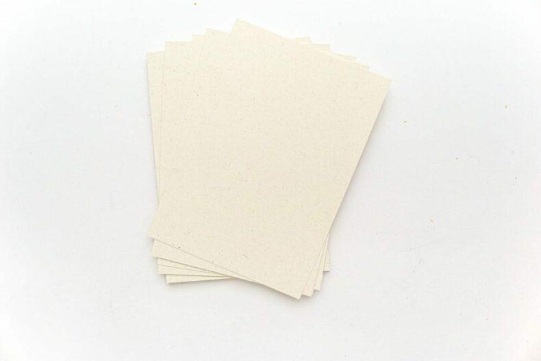 Grusskarten A6 aus Recycling Feinpapier biscuit, creme STUDIO KARAMELO