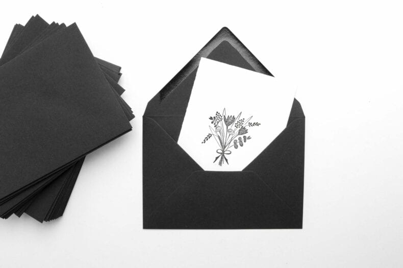 Trauerkarte stempeln mit Blumen, schwarze Kuverts aus Kraftpapier STUDIO KARAMELO