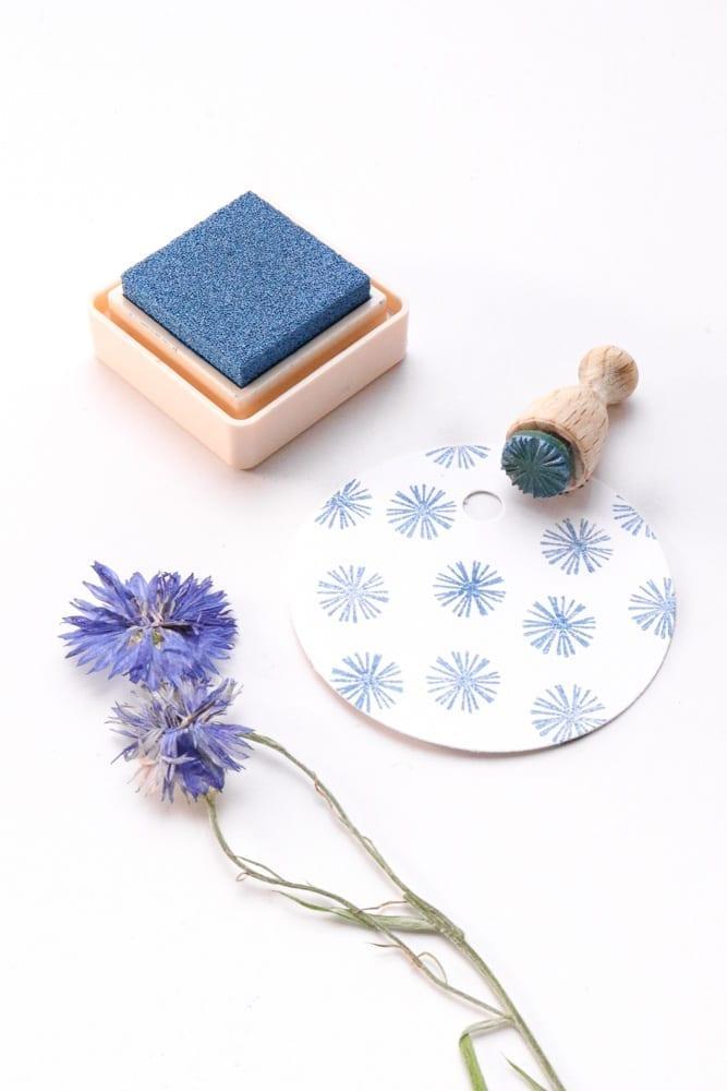 Ministempel Blüte Aster mit Versacraft gestempelt